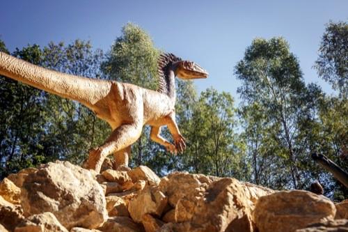 Vorsicht, die Dinos sind los… Wo denn? Im Dinosaurier Freiluftmuseum in Denkendorf im Naturpark Altmühltal!