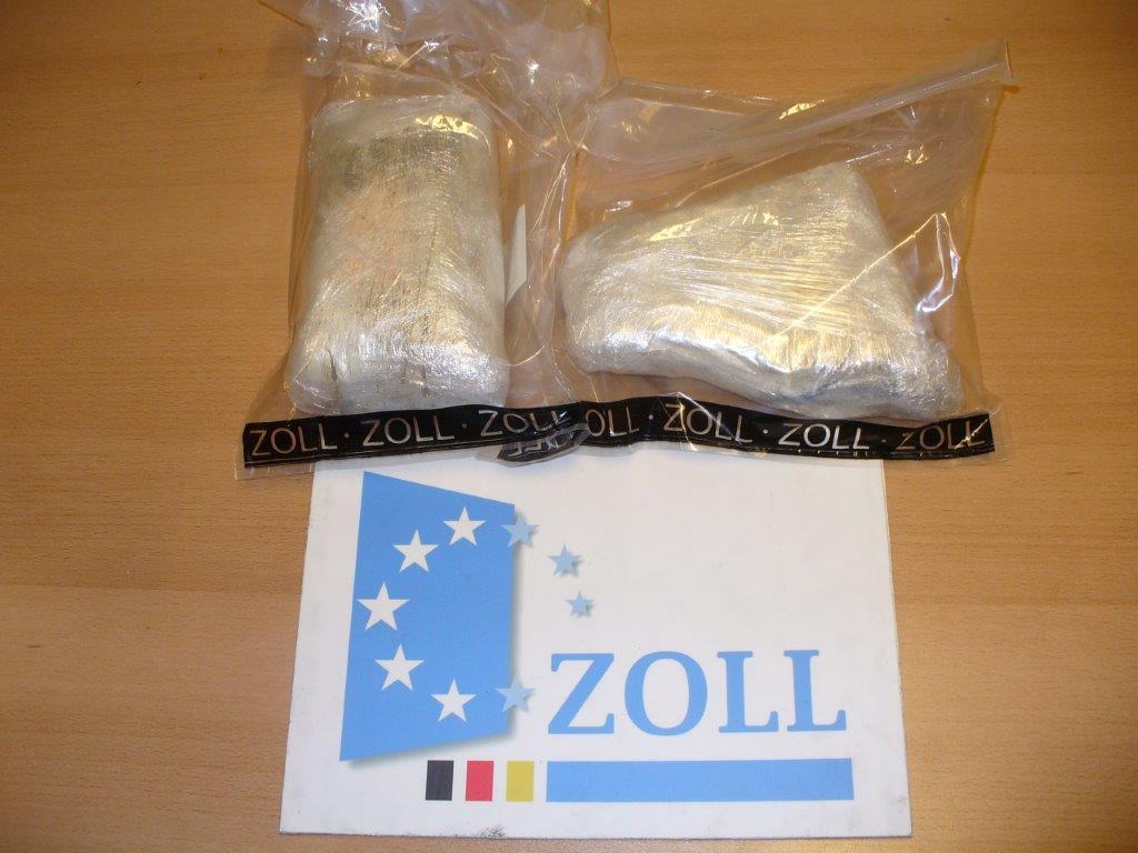 Zoll stellt 1,1 Kilo Kokain sicher