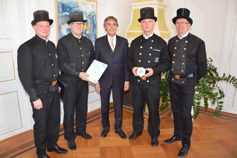 Kaminkehrerinnung bei der Regierung der Oberpfalz