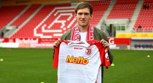 Fußball: Jahn Regensburg verlängert mit Sven Kopp
