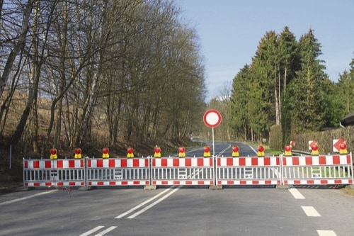 Vollsperrung der Kreisstraße R 35 in Schierling