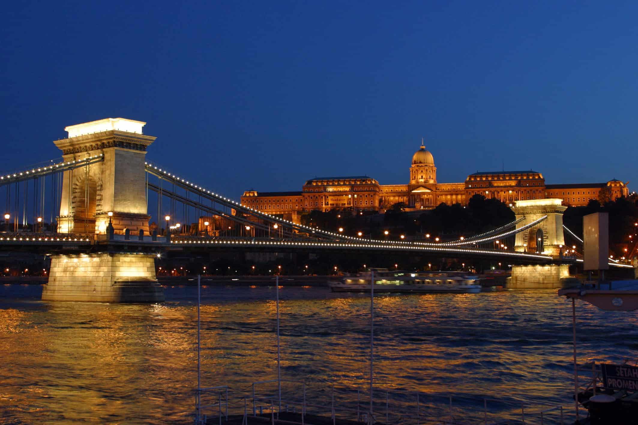 Blizz präsentiert die Regensburger Partnerstädte. Heute: Budavár