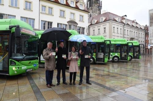 Umweltfreundliche Elektrobusse für Regensburger Altstadt