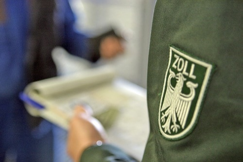 Hauptzollamt Regensburg deckt Sozialbetrug auf