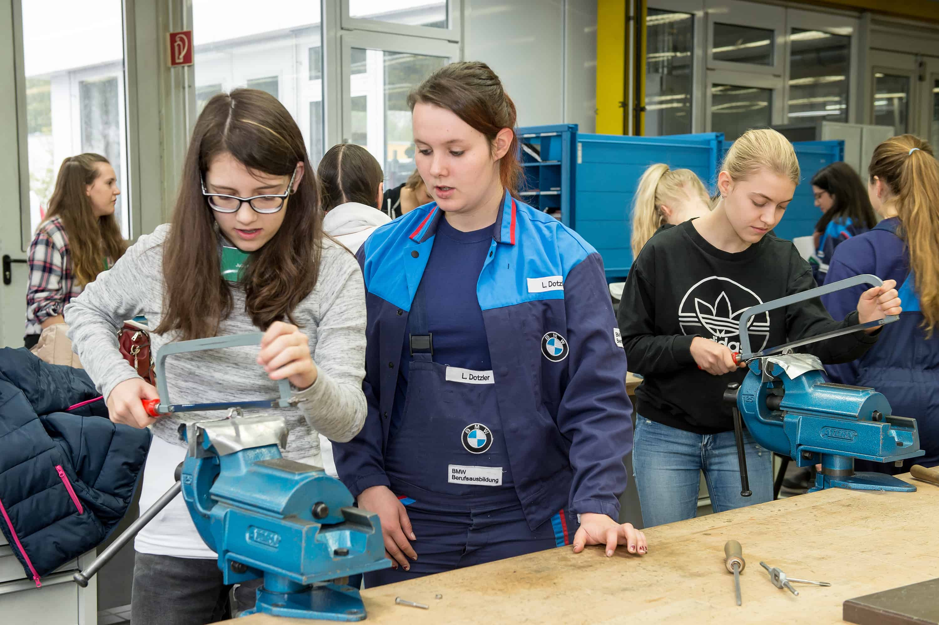 Girls Day im BMW Group Werk Regensburg