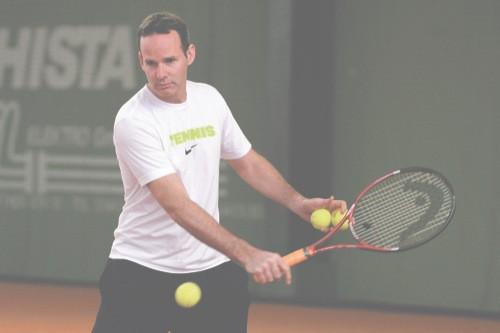 Tennis: Bundesliga-Spitzenreiter aus Regensburg reist nach Hamburg