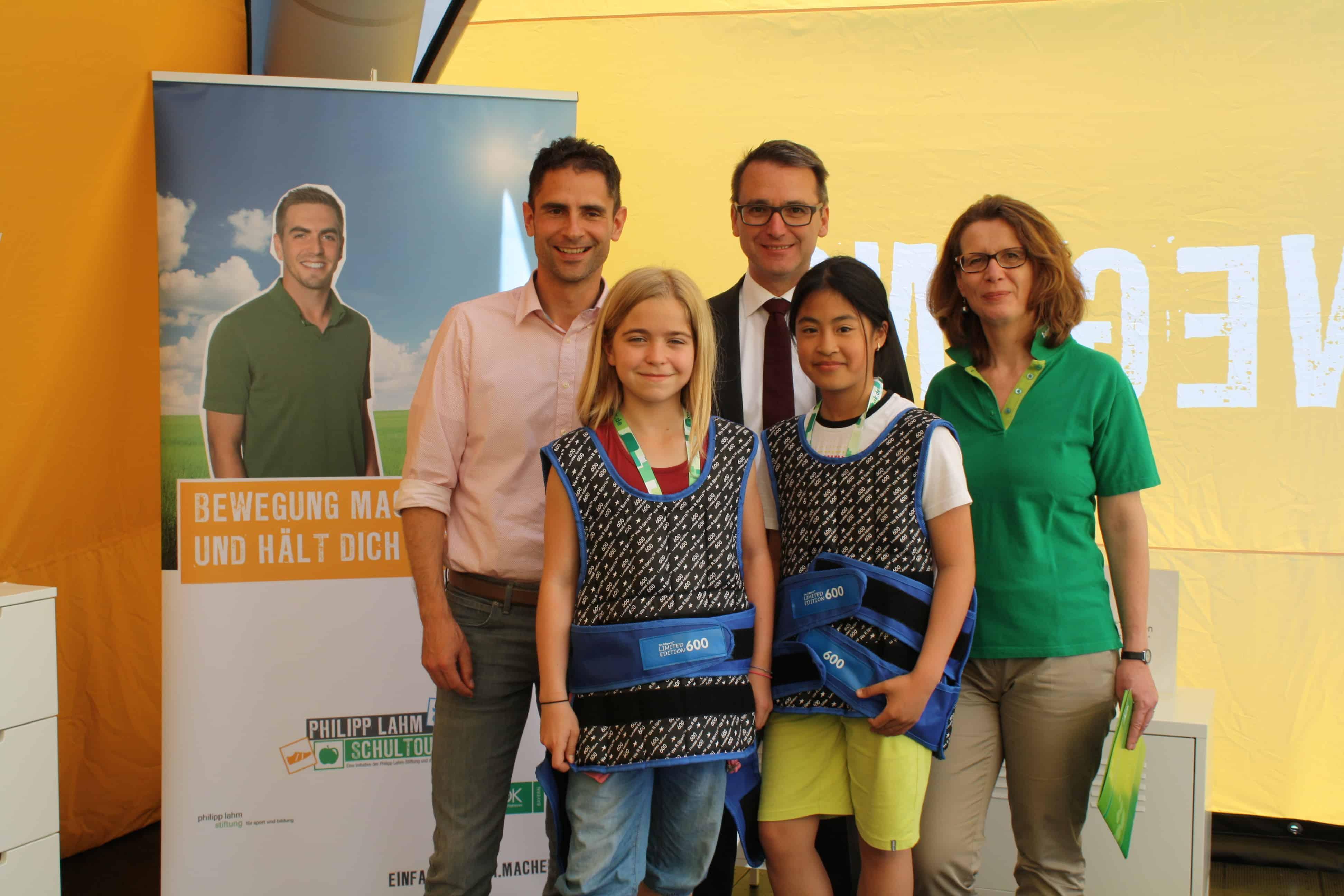 Philipp Lahm-Stiftung und AOK engagieren sich für Kindergesundheit