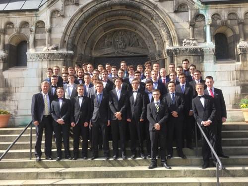 Regensburger Domspatzen erhalten Abiturzeugnis