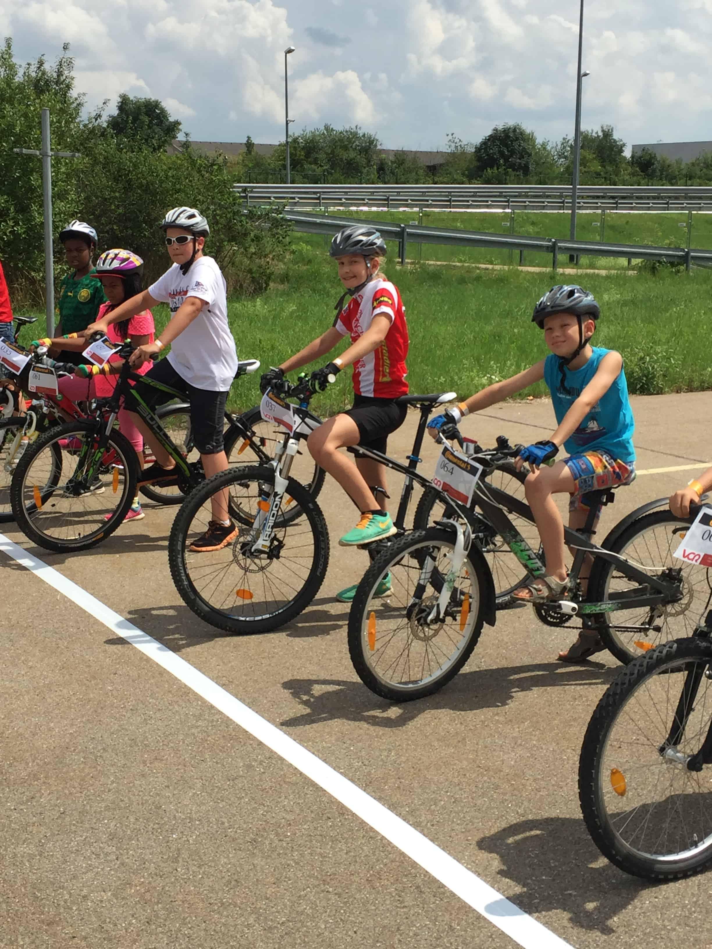 """Vorspiel zum Arber Radmarathon: Das """"Fette Reifen Rennen"""""""