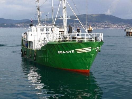 Gewaltandrohung: Regensburger Hilfsorganisation Sea-Eye stoppt Einsatz