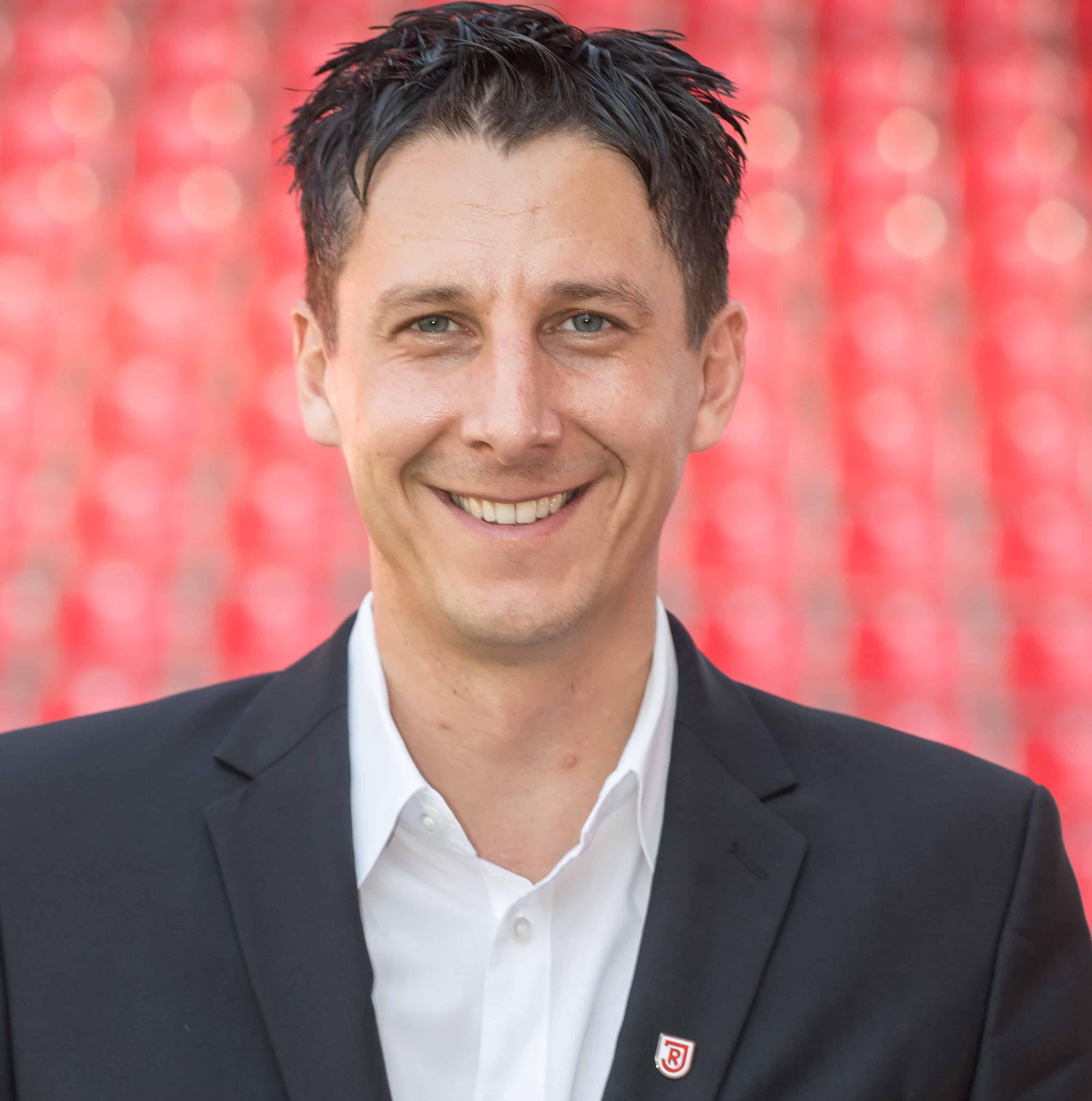 Jahn-Sportchef Christian Keller über den Saisonstart, die 2. Liga, Neuzugänge, Trainer Beierlorzer
