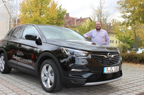 Oktoberfest bei Sieber Automobile / Blizz testet den neuen Opel Grandland X