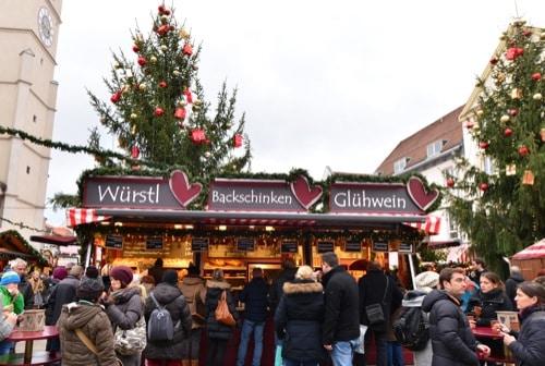 Ein Dultklassiker als Schmankerl auf dem Regensburger Christkindlmarkt