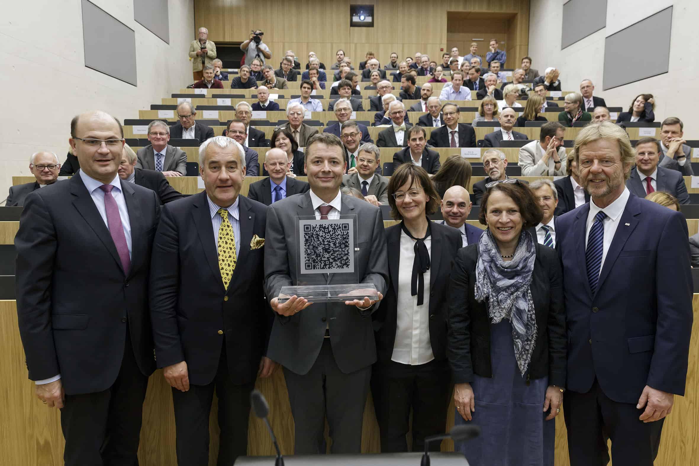 Investition in die Zukunft – Freistaat Bayern fördert Uni Regensburg und OTH Regensburg mit über 140 Millionen Euro