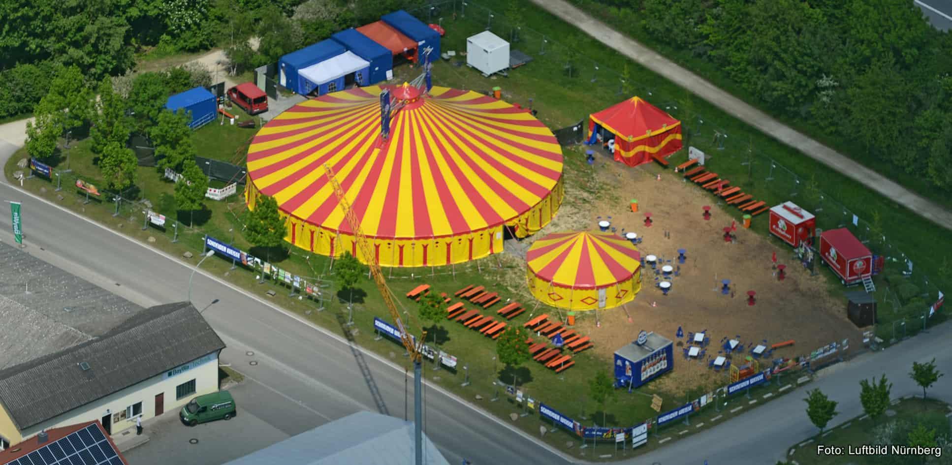 Mega-Künstler auf dem Zelt-Festival