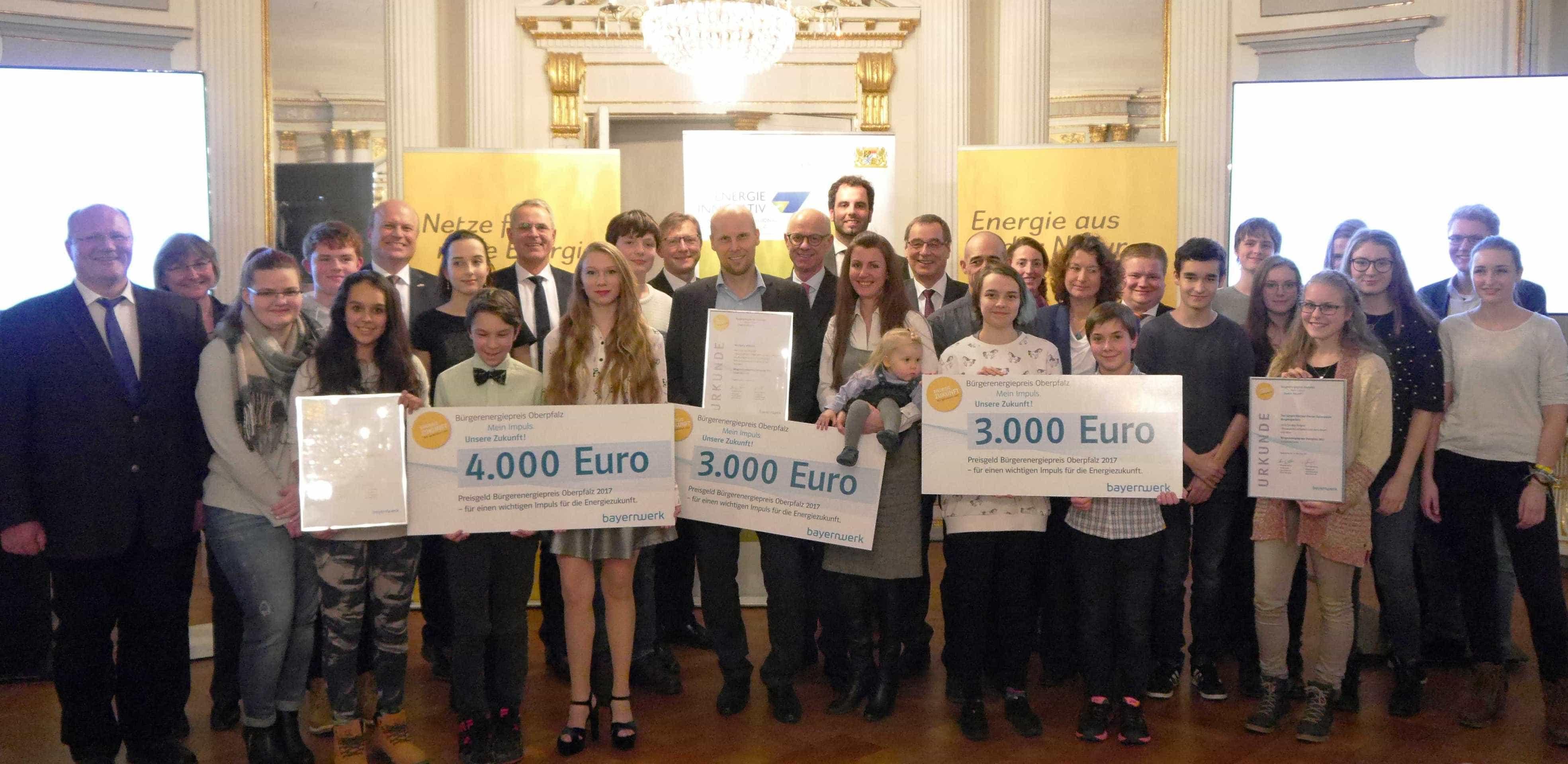 Bayernwerk verleiht Bürgerenergiepreis Oberpfalz 2017