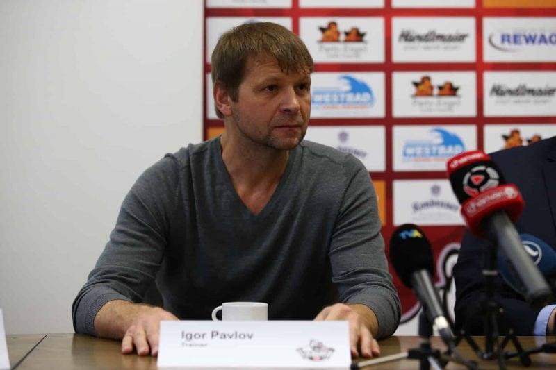 Eisbären-Trainer Igor Pavlov will sein Team fit für die Playoffs machen