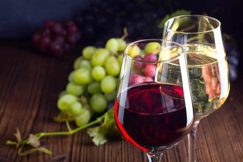 """Mit Blizz und der Enothek """"la famiglia"""" zur Weinverkostung"""