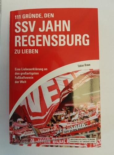 """Ein Muss für alle Fans: """"111 Gründe, den SSV Jahn Regensburg zu lieben"""""""