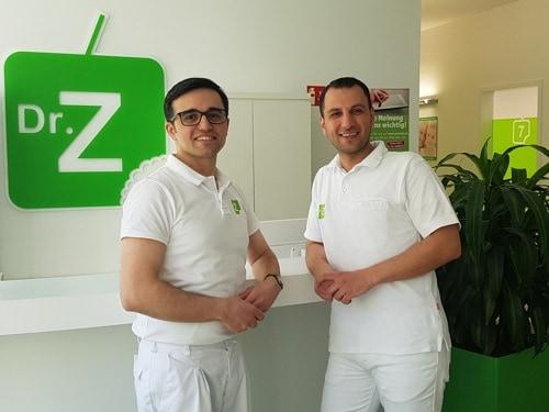 Regensburg: Dr. Z informiert am 24. April kostenlos über Zahnersatz- und Implantate