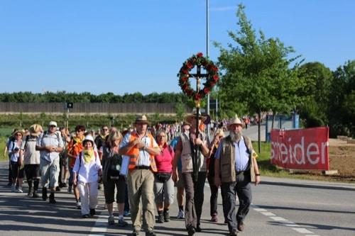 Raum Regensburg: Verkehrsbeeinträchtigung wegen Diözesanfußwallfahrt nach Altötting
