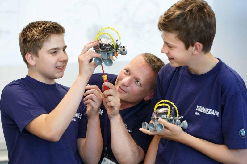 BMW-Makerday begeistert Schüler und Ausbilder