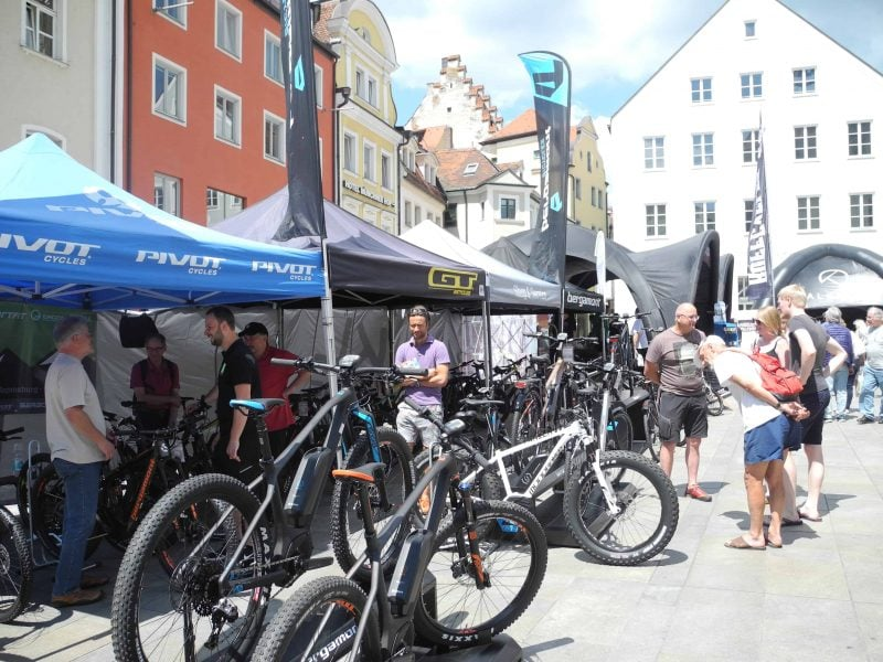 Fahrräder und E-Fahrzeuge im Fokus
