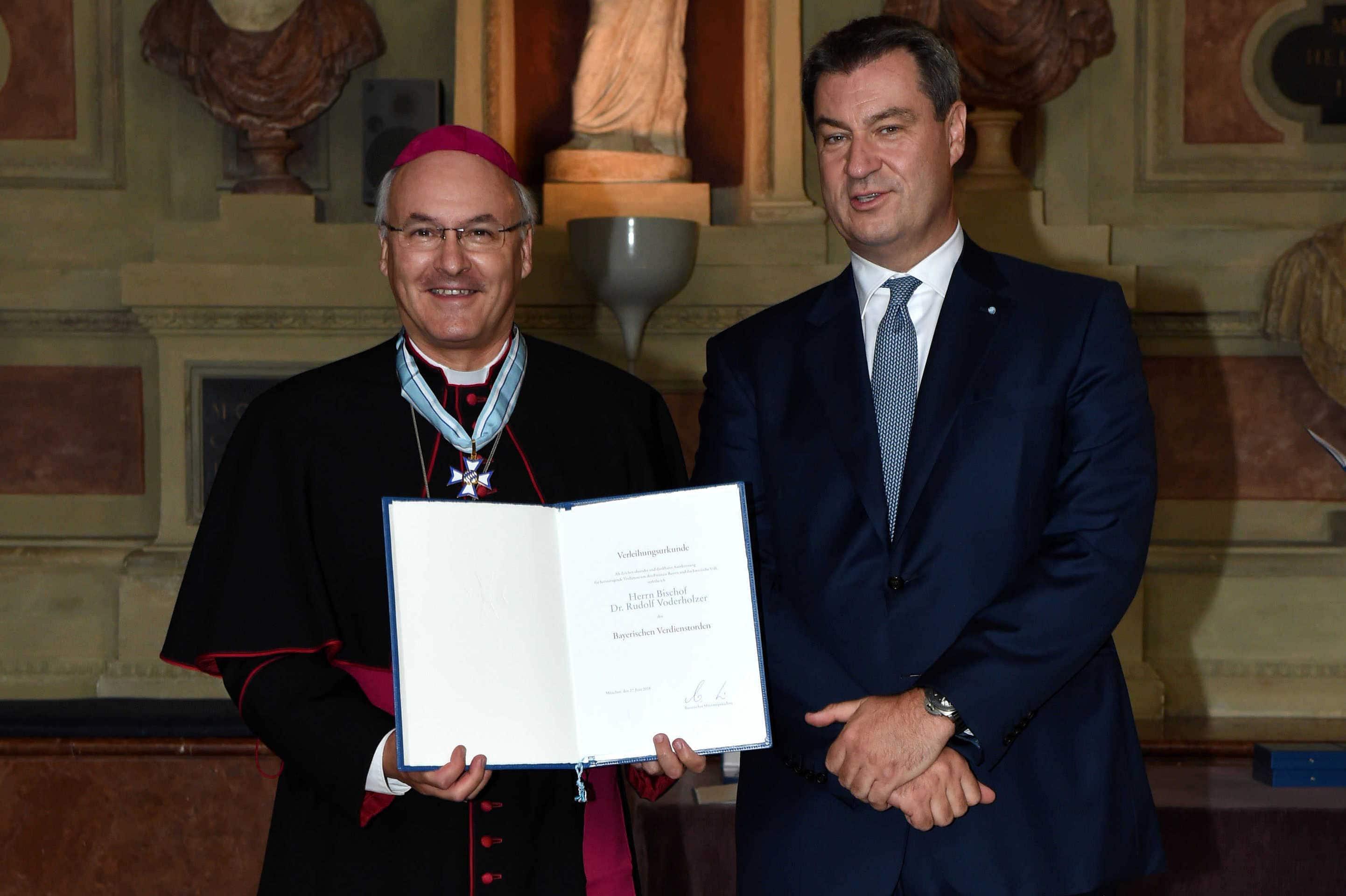 Regensburger Bischof Dr. Rudolf Voderholzer erhält Bayerischen Verdienstorden