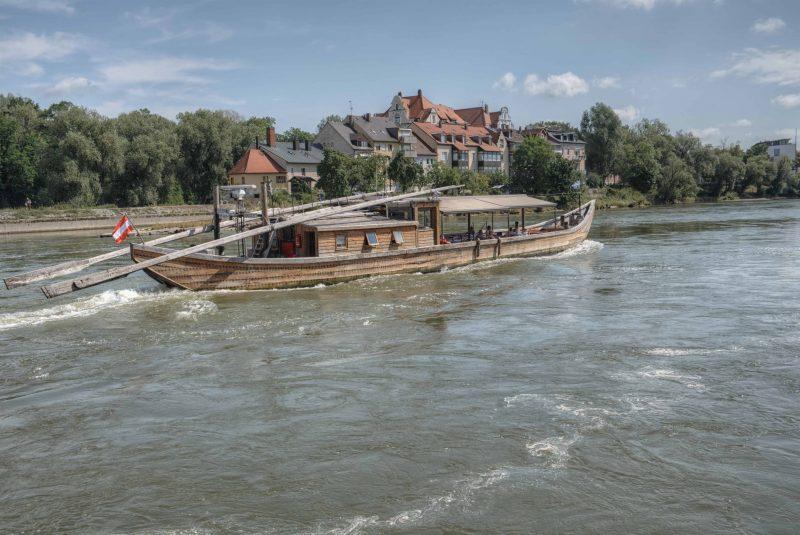 Mit der Regensburger Personenschifffahrt Klinger die schöne Donau entdecken