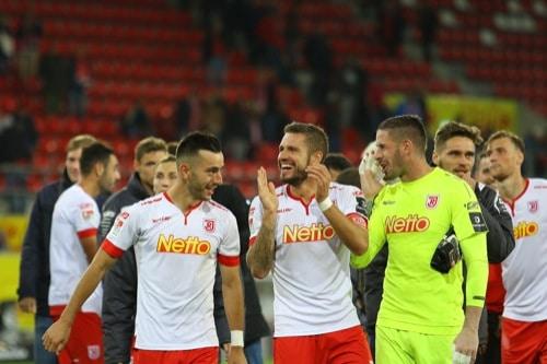 2. Fußball-Bundesliga: SSV Jahn Regensburg reist mit breiter Brust zum MSV Duisburg