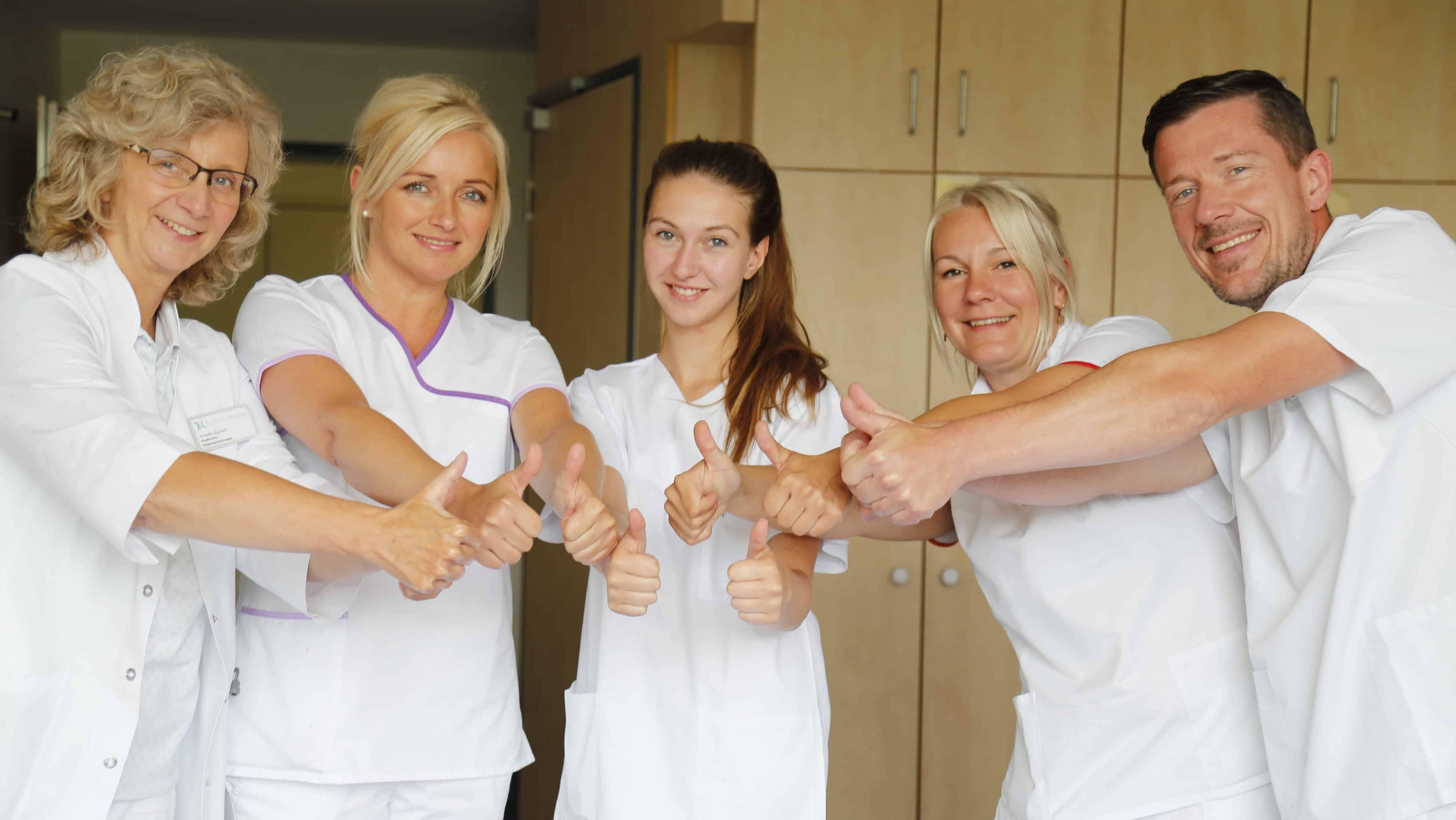 Karriereförderungen bei den Kreiskliniken Bogen-Mallersdorf für langfristig gesicherte Versorgung