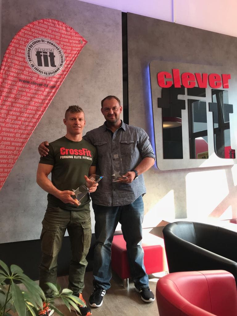 clever fit geehrt Unternehmer des Jahres aus Regensburg