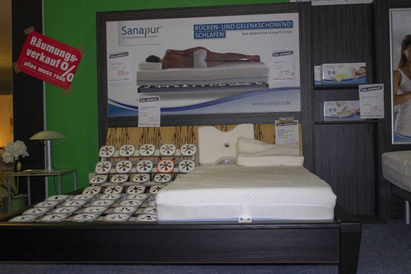 Rabatte von bis zu sensationellen 70 Prozent Bis 22. Dezember: Abverkauf bei Betten Rippmannsberger in Regensburg