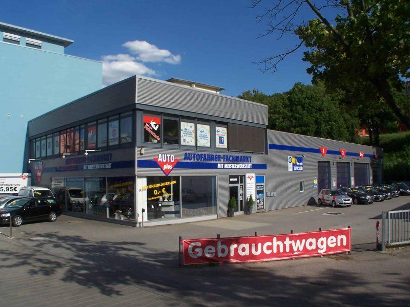 Erfolgreich seit zehn Jahren AUTOplus Regensburg feiert Jubiläum mit fantastischen Angeboten
