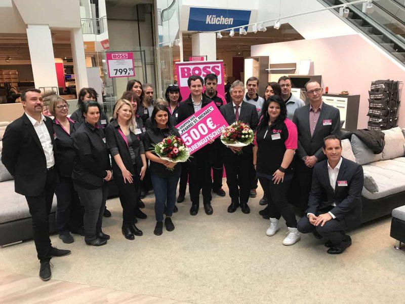 Aus WohnPlus wird SB-Möbel Boss Markt in Neutraubling eröffnet am Montag, 17. Dezember, im Kaufpark