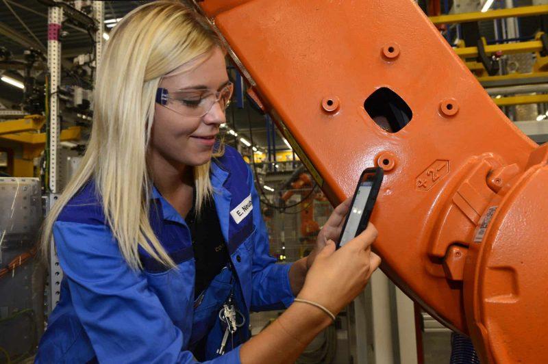 """""""Fabrik der Zukunft"""" Weltwirtschaftsforum Davos adelt das BMW Group Werk Regensburg"""