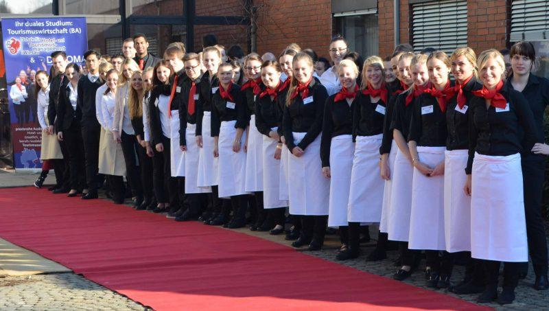 Ausbildung in der Schule für Hotel und Tourismusmanagement in Wiesau Mit Freude Gäste begeistern