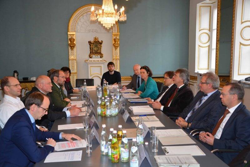 Spitzen des Bayerischen Bauernverbandes bei Regierung der Oberpfalz Die Landwirtschaft im Fokus der Gespräche