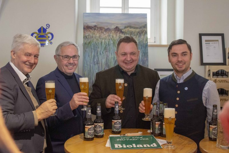 Spitalbrauerei präsentiert Bio-Roggen Regensburger Brauerei mit neuem Bier auf dem Markt
