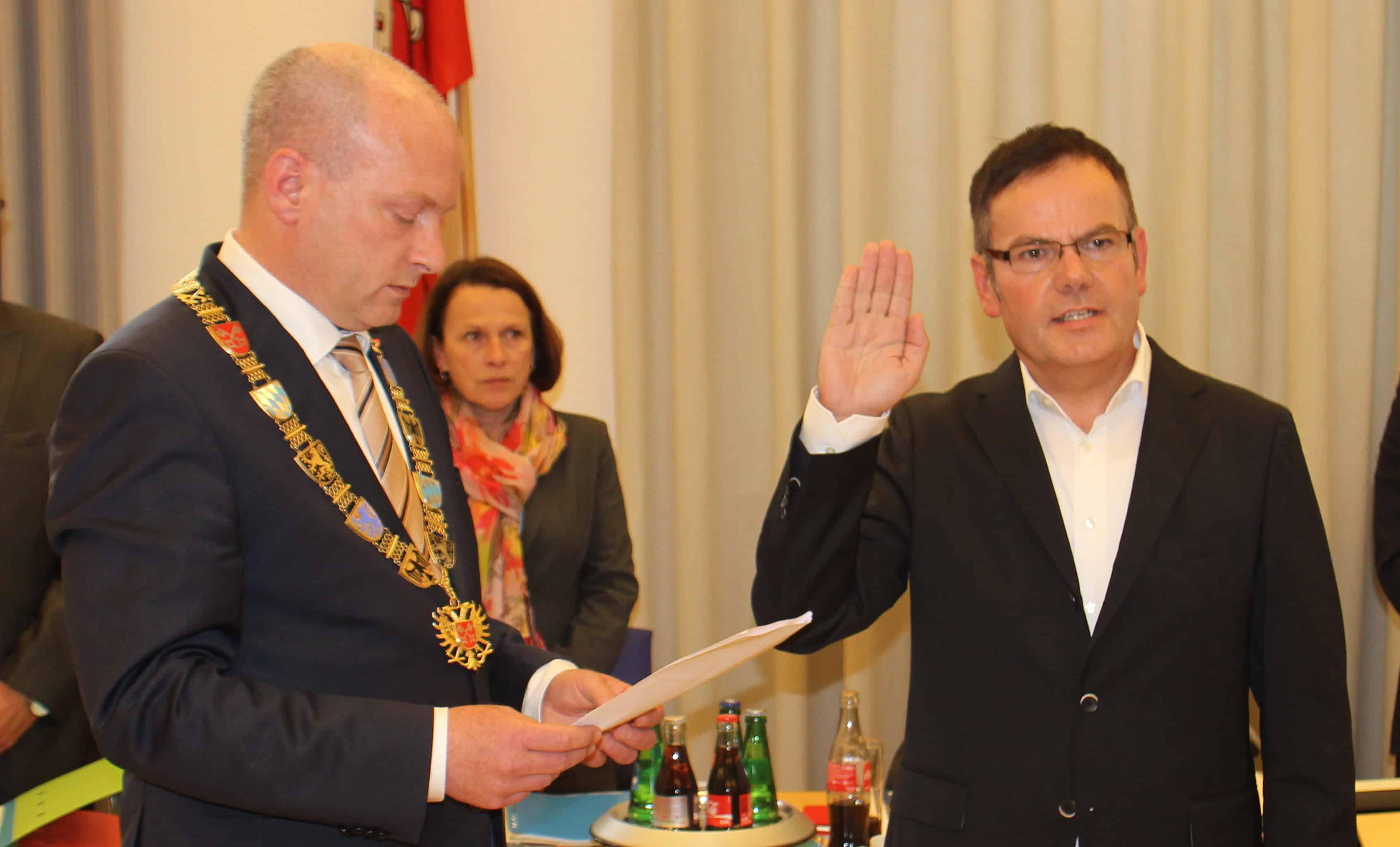 Im Blizz spricht CSB-Stadtrat Christian Janele über die Wohnungspolitik, den ÖPNV und die Zukunft von Regensburg