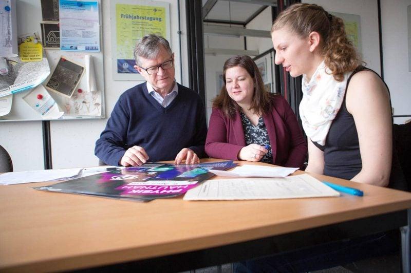 DPG-Tagung: 5.500 Gäste und 4.520 Vorträge in 5 Tagen Wie die Universität Regensburg Europas größte Physikertagung stemmt