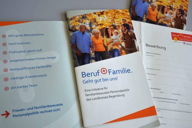 """Landkreis Regensburg stellt frauen- und familienbewusste Personalpolitik in den Fokus Initiative """"Beruf + Familie. Geht gut bei uns!"""""""
