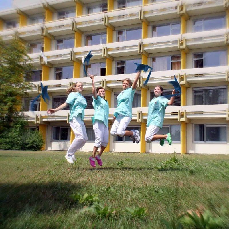 Die Kreiskliniken Bogen-Mallersdorf fördern, bilden aus und stellen ein Persönliche Betreuung, gute Übernahmechancen