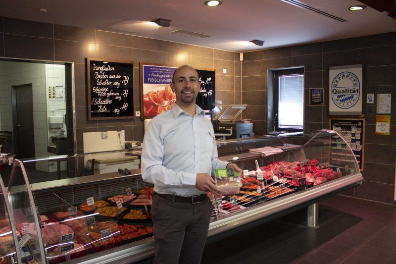Handelsketten führen einheitliche Kennzeichnung ein. Auch Regensburger Märkte machen mit. Mehr Klarheit beim Fleischkauf durch Haltungsform-Label