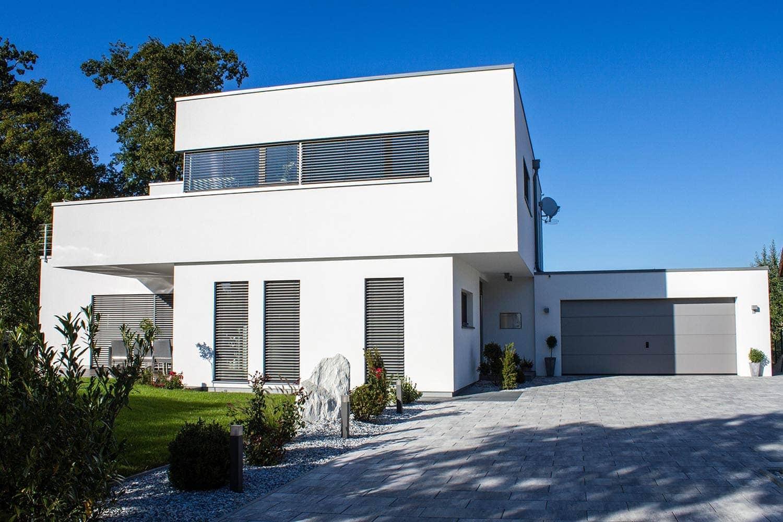 Elegante Sonnenschutzlösungen von Josko gibt es bei den HausModernisierern in Teugn Eine optische Bereicherung für jedes Haus