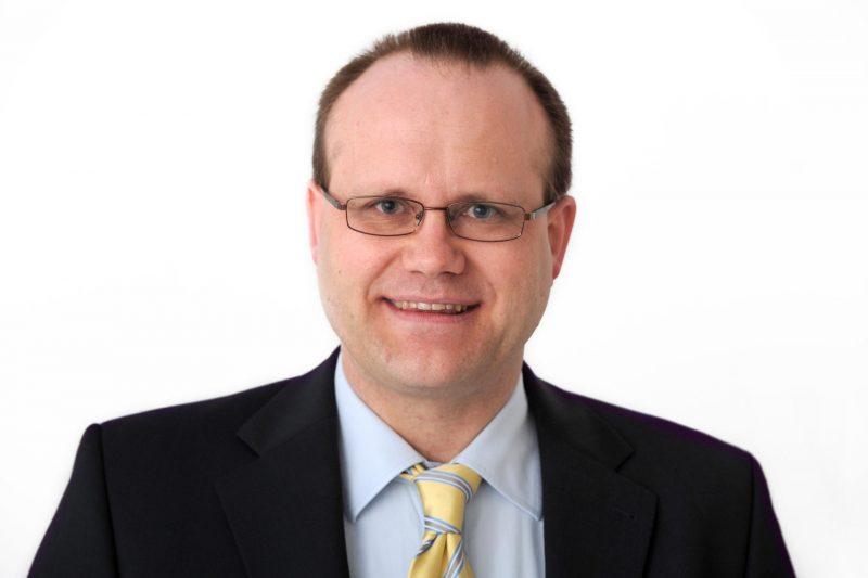 """Prof. Dr. Stephan Schiekofer referiert am 2. Mai in der medbo Bezirksklinikum in Regensburg Vortrag """"Sucht im Alter - Ist doch nur Melissengeist!"""