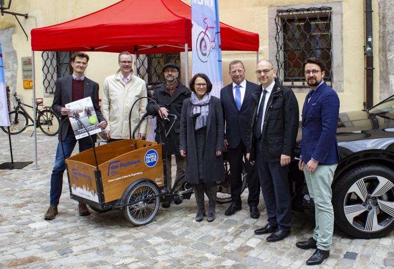 """""""Regensburg mobil"""" – alles rund um Mobilität Die neueste Automodelle, Fahrräder, E-Bikes, Elektro-Autos..."""