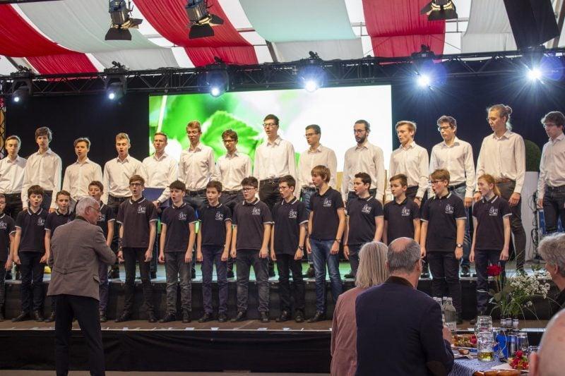 Domchöre singen gegen Krebs Benefizkonzert der Regensburger Domspatzen mit dem Mainzer Domchor