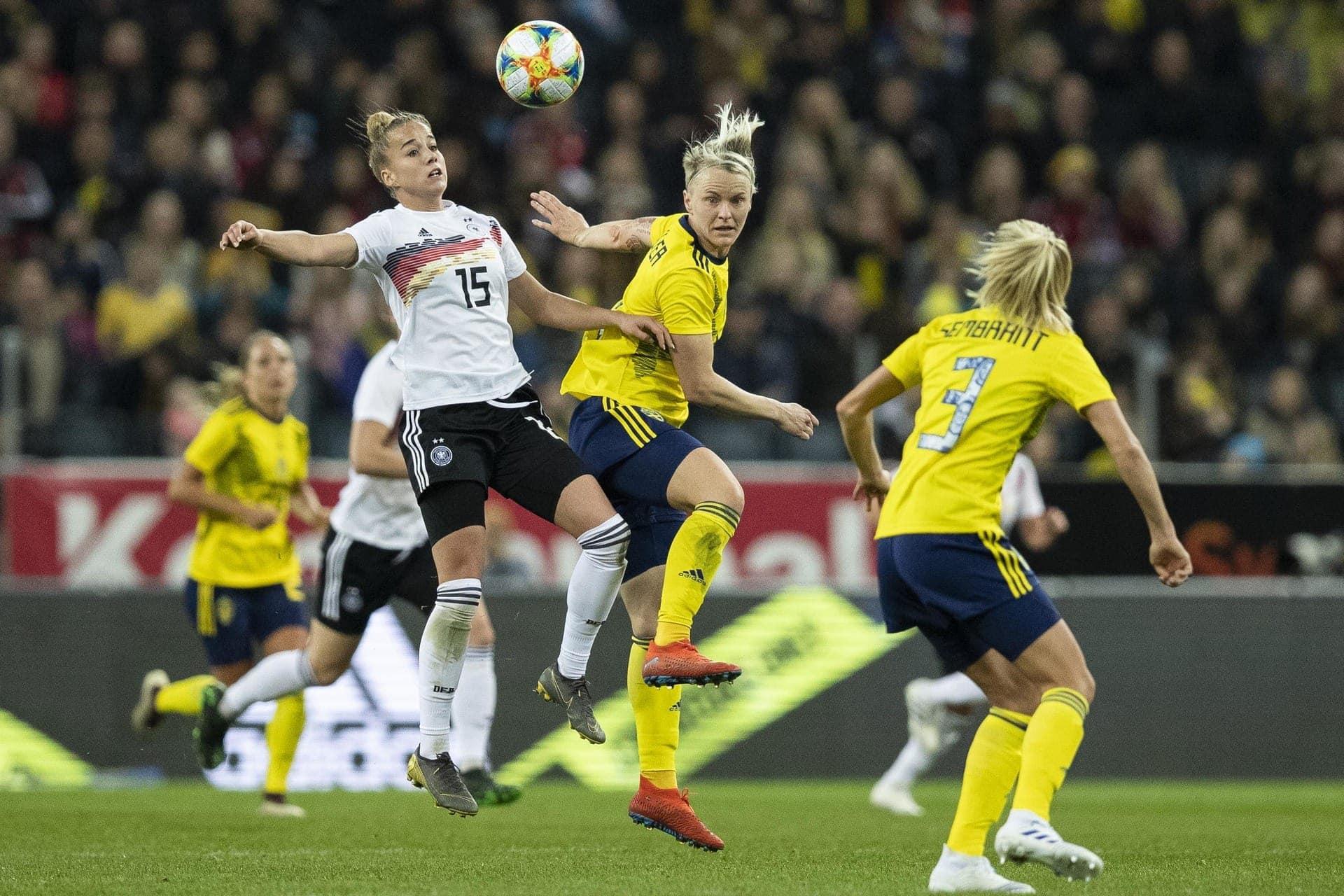 Frauenfußball-Länderspiel am 30. Mai: Deutschland vs. Chile WM-Generalprobe in der Regensburger Continental Arena