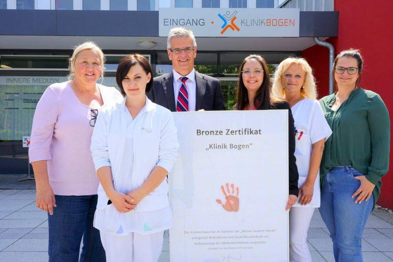 Klinik Bogen erhält Bronzesiegel in Sachen Hygiene Umsetzung der Maßnahmen zur Händehygiene ausgezeichnet